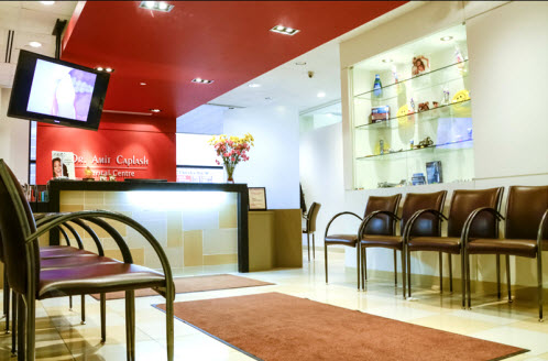 Dr. Amit Caplash Dental Centre
